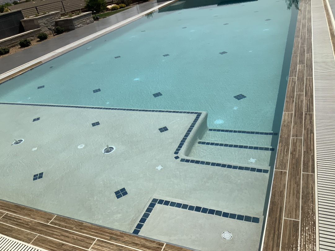 Pool-with-texture-edge-tile